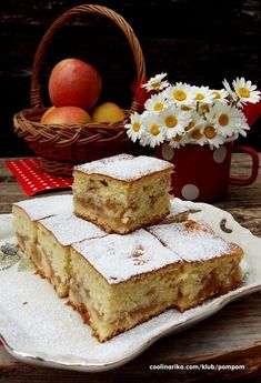 Brzi kolač od jabuka by MamaMaki Fruit Recipes, Sweet Recipes, Baking Recipes, Cake Recipes, Dessert Recipes, Desserts, Bosnian Recipes, Croatian Recipes, Plain Cake