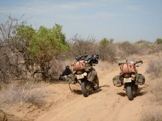 Koobi Fora sand track. The way through Lake Turkana from Kenya to Ethiopia. Motorcycle trip through Africa.