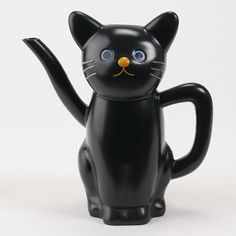 cat tea pot