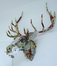 Recycled Metal Art Sculptures | Wire-Recycled-Metal-Animal-Sculptures-by-Barbara-Franc-12