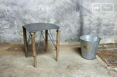 El taburete Bow es un gran ejemplo de una pieza con todo el estilo retro industrial, mezclando madera y metal.