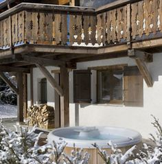 Chalet railing bing images chalet railings i love for Chalet tardy