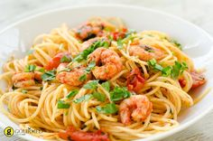 This is a loose interpretation of the Italian classic, Spaghetti alle Vongole but felt we had to call it Italian Seafood Pasta as we've changed it a lot. Shrimp Recipes, Pasta Recipes, Mexican Food Recipes, Italian Recipes, Healthy Recipes, Ethnic Recipes, Seafood Pasta, Shrimp Pasta, Shrimp Spaghetti