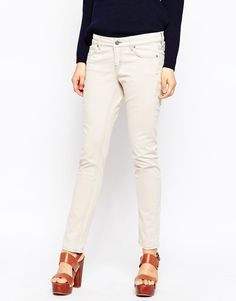 """Jeans by MiH Jeans Cotton-rich denim Added stretch for comfort Button fastening, concealed fly Classic five pocket styling Skinny fit - cut closely to the body Machine wash 98% Cotton, 2% elastane Our model wears a UK 8/EU 36/US 4 and is 178cm/5'10"""" tall"""
