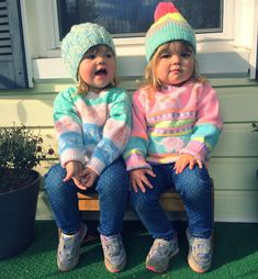 "59 Likes, 1 Comments - Sarah Jean (@showmesomethingpretty) on Instagram: ""PJ mugging hard with that icy stare  #meeps #twins #identicaltwins #twinsisters #pastels…"""