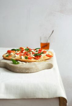 Pizza with honey and chevre