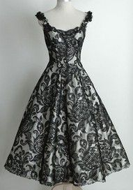 50's style dress. Beautiful lace!