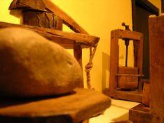 Museo Etnográfico de la Lechería (Muséu Etnográficu de la Llechería en asturiano) pertenece a la red de museos etnográficos de Asturias.El museo está situado en la localidad asturiana de La Foz de Morcín. Inaugurado en el año 1993, el museo está dedicado a la leche, el queso y la manteca