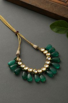 May 2020 - Ruksana Green Gold Plated Kundan Choker Necklace – Paisley Pop Shop Indian Jewelry Earrings, Indian Jewelry Sets, Jewelry Design Earrings, Indian Wedding Jewelry, Necklace Designs, Jewelry Accessories, Septum Jewelry, South Indian Jewellery, Hair Jewelry