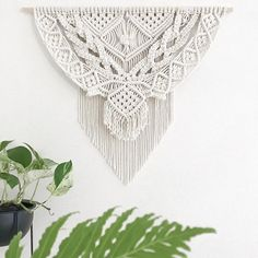 I've been doing so much weaving lately I actually really miss Macrame! I'm thinking of making a few more smaller designs like 'Madison'