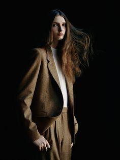 Hermes-magazine-autumn-2014-Camille-Bidault-waddington-Julia-Hetta 3