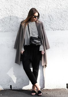 SIMPLICITY AT ITS BEST - black&grey+stripes