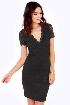 black lace dress / lulu's