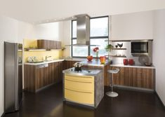 Inspirational Yellow Kitchen Design Ideas – Modern Yellow and White Kitchen Design Yellow Kitchen Designs, Modern Kitchen Design, Kitchen Colors, Yellow Kitchens, Kitchen Stuff, Kitchen Ideas, Kitchen Cabinet Design, Kitchen Cabinets, Yellow Interior