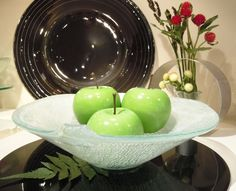 Amenity fruit bowl for guest rooms and receptions. Design by Glass Studio www.the-glass-co.com
