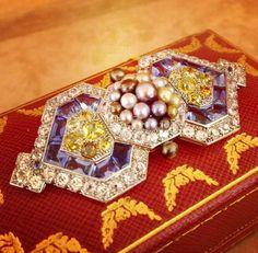 Cartier Deco beauty bling jewelry fashion