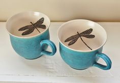 Items similar to Mug in emerald and gold - hand painted on Etsy, a global handmade and vintage marketplace.
