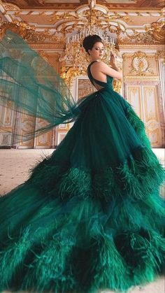 Ball Gowns Evening, Ball Gowns Prom, Ball Gown Dresses, Prom Dresses, Formal Dresses, Linen Dresses, Dresses Elegant, Stunning Dresses, Beautiful Gowns