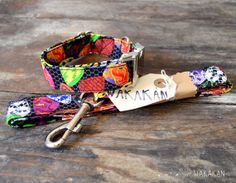 Collar para perro Rock'roll ajustable. Correa arcoiris por Wakakan, €10.00