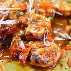 Gurihnya udang yang berpadu dengan manisnya madu dalam satu gigitan!  Resep Lengkap👉https://taste.md/2pUbj1j  📲 Temukan resep bakaran lainnya pada aplikasi kami👉 http://link.tastemade.com/HE7m/meU5N77tQx #tasterich #kitchenaid #kitchenware #foodporn #food #kitchen#Easycooking #cookingmate #eatclean #livingwell #eatwell #cleaneating #healthyeating #ecomom #cookinglovers #cookingtools  #cookingutensil