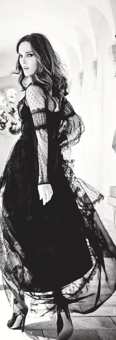 Love this black lace and tulle dress, flowing with elegance! AR