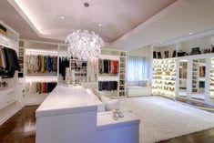 29 Luxury Walk-In Closet Designs Walk In Closet Design, Bedroom Closet Design, Master Bedroom Closet, Closet Designs, Bathroom Closet, Wardrobe Design, Dream Closets, Dream Rooms, Big Closets
