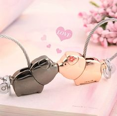 Popular Pig Kissing Pig Animated-Buy Cheap Pig Kissing Pig ...