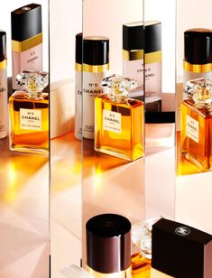 No 5 by Chanel. Shop niche perfumery samples at Fimaron. Search your favorite parfums in our niche collection.