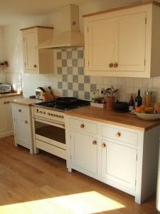 Freestanding kitchen with country style