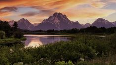 Sunset along the Snake River with Mount Moran, Grand Teton National Park, Wyoming, USA, 6ffe76b7a1960d46a9c737253e0fb2c4