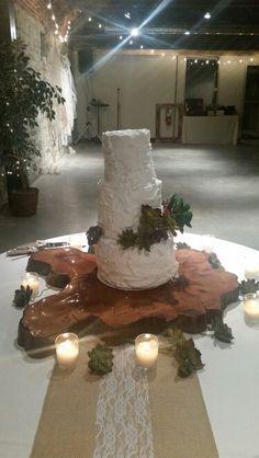 Rustic Messy Design Wedding Cake