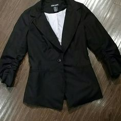 Doki Geki Ruched sleeve blazer Great blazer jacket. Striped print inside. From Urban Outfitters Urban Outfitters Jackets & Coats Blazers