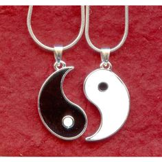 YIN YANG Silver Plated NECKLACES to share with your best friend ($17) ❤ liked on Polyvore featuring jewelry, necklaces, accessories, colares, pictures, yin yang jewelry, pendant necklace, silver plated jewelry, snake chain necklace and pendant jewelry