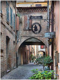 Trattoria, Via delle Volte, Ferrara, Emilia-Romagna, Italy