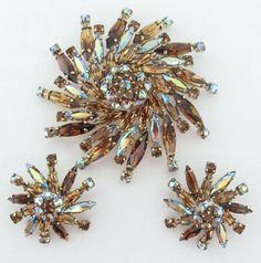 Sherman Topaz Aurora Borealis Swarovski Crystal Pinwheel Pin & Earrings 1950 375