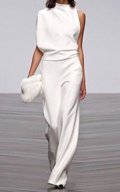 New Clothes - Elegant Jumpsuit White Fashion, Look Fashion, Womens Fashion, Fashion Trends, Fashion Ideas, Fashion Spring, Cheap Fashion, 70s Fashion, Party Fashion