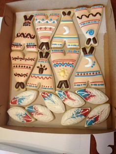 Teepees and feathers cookies