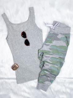 CAmo Joggers #streetstyle #affordablefashion #casualstyle #ootdfashion #style #ootd #summerfashion #flannel #blogger #tiedye #vacationstyle #fashionlover #fashionblogger #summerstyle #boutiquefashion #womensfashionoutfit #summeroutfit #dress #layeringdress #casualstyle #casualfashion #joggers #comfyoutfit #kimono #swimwear #homefashion #summervibes #womensfashion #onlineshopping #onlineboutique #momstyle #kimono Summer Fashion Outfits, Ootd Fashion, Fashion Boutique, Spring Summer Fashion, Autumn Winter Fashion, Badass Style, Comfy Casual, All About Fashion, Cute Casual Outfits