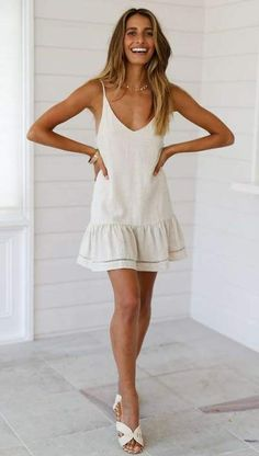 Casual V neck Backless Vest Shift Dresses - ClothingI Casual Day Dresses, Dress Outfits, Summer Dresses, Shift Dress Outfit, Bohemian Dresses Short, Short Dresses, Mode Inspiration, Sweater Fashion, Mura Boutique