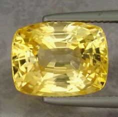 Perfect for Sapphire Lovers !! 100% Natural 10.82 ct Golden Yellow Sapphire UH #Unbranded