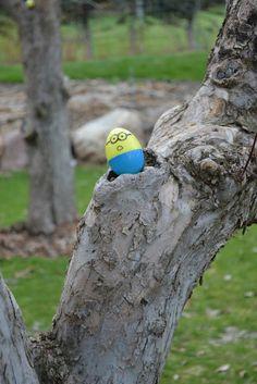 easter eggs minions   put 'treats' inside