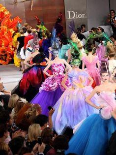 J'adore Dior! Haute Couture Fall Winter 2010/2011 Full Fashion Show