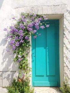 Cool Doors, Unique Doors, Beautiful Gardens, Beautiful Flowers, Beautiful Places, Flower Backgrounds, Doorway, Windows And Doors, Garage Doors