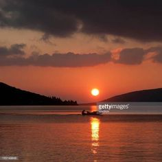 07-13 Beige Sunset and Cloudscape on Adriatic sea. #kumbor... #kumbor: 07-13 Beige Sunset and Cloudscape on Adriatic sea. #kumbor… #kumbor