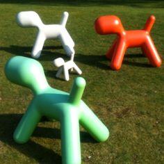 Nice dog sculptures. Makes me smile.