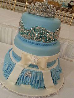 Sweet 15 Quinceneras cake idea