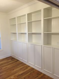 Billy Ikea, Ikea Billy Bookcase Hack, Bookshelves Built In, Bookcase Wall Unit, Billy Bookcases, Living Room Built Ins, Home Living Room, Ikea Wall Units, Ikea Furniture Hacks
