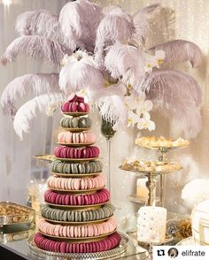 Pastel Macaroons, Macaroon Tower, Marsala, Gatsby, Cake, Instagram Posts, Desserts, Glamour, Candy Table