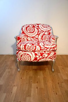 red/white/silver armchair