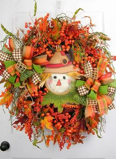Celebrate your autumn season with this versatile swag. You can use it on a door…